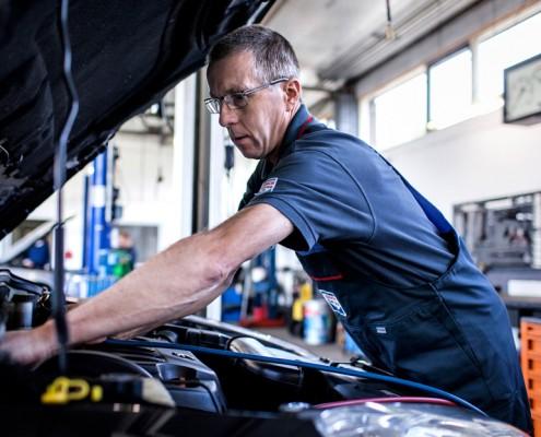 Occasions van autobedrijf van veen autos weblog for Autobedrijf avan
