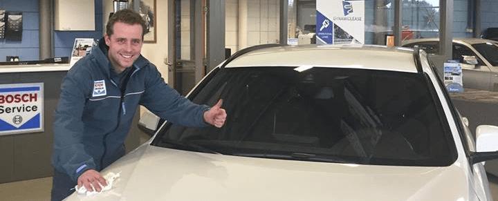 grote en kleine onderhoudsbeurt auto